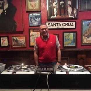 DJ Soulciter: Northern Soul, Reggae, Oldies, Rocksteady, Mod and Ska classics.